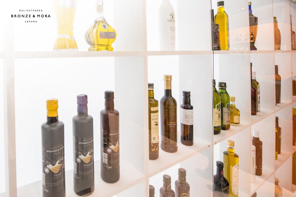 Bronze-&-Mora-la-mejor-seleccion-de-aceites-de-oliva-virgen-extra-en-el-salón-de-Gourmets-feria-2014---nuestros-aoves-en-el-taller-de-los-sentidos-