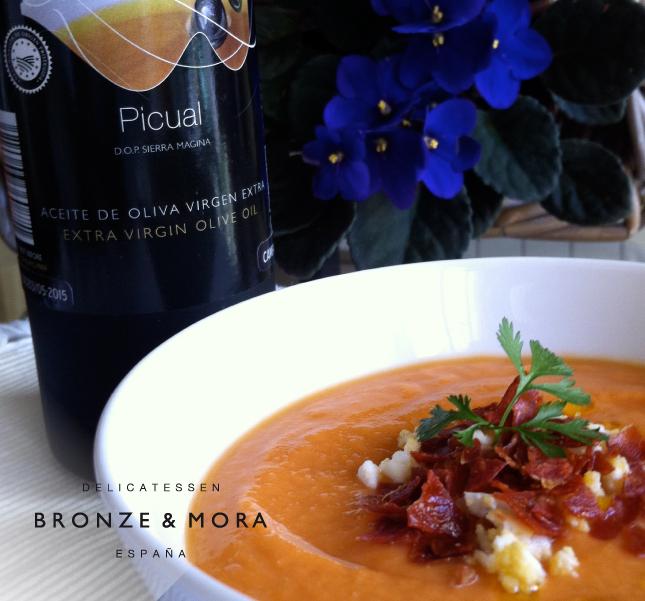 receta-salmorejo-con-AOVE-Bronze-&-Mora-variedad-picual-la-mejor-selección-de-aceites-de-oliva-virgen-extra-de-España-con-DOP---the-best-oliveoil-selection-from-Spain