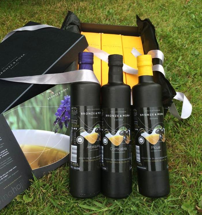 Colección-de-aoves-Bronze-&-Mora-estuche-de-regalo--selección-de-los-mejores-aceites-de-oliva-virgen-extra-con-denominación-de-origen-protegido-de-españa-ideal-para-regalar-amigos-o-como-regalo-de-empresa