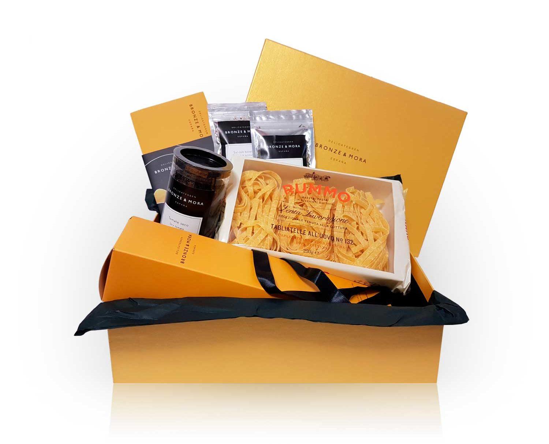Cesta regalo navidad gourmet chamois bronze y mora