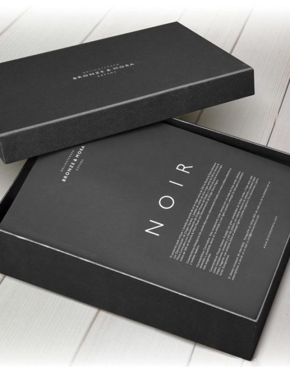 estuche-regalo-noir-bronze-mora-aceite-de-oliva-para-regalar-regalo-gourmet-empresa-cesta-navidad-3