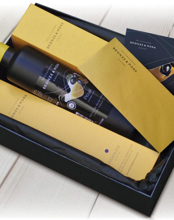 estuche-regalo-noir-bronze-mora-aceite-de-oliva-para-regalar-regalo-gourmet-empresa-cesta-navidad-4