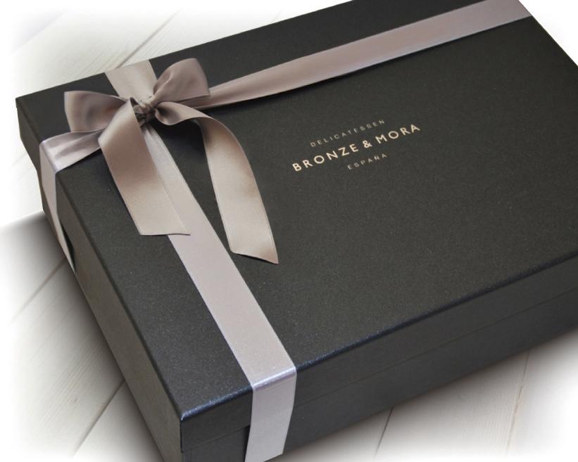 Cesta regalo gourmet aceite de oliva y lomo ibérico Étoile Bronze & Mora