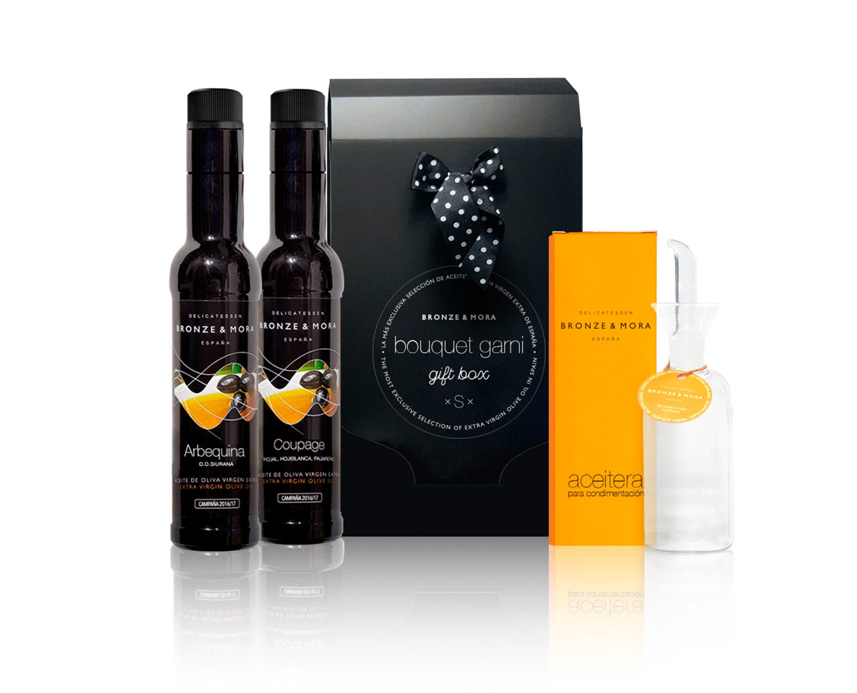 Cesta regalo gourmet aceite de oliva aceitera bouquet garni bronze y mora